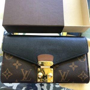 Louis Vuitton Pallas Wallet
